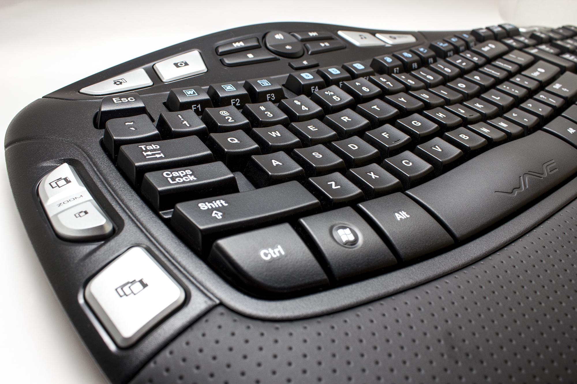 Logitech K350 Keyboard and Mouse Set 3   iSeaClear, Inc